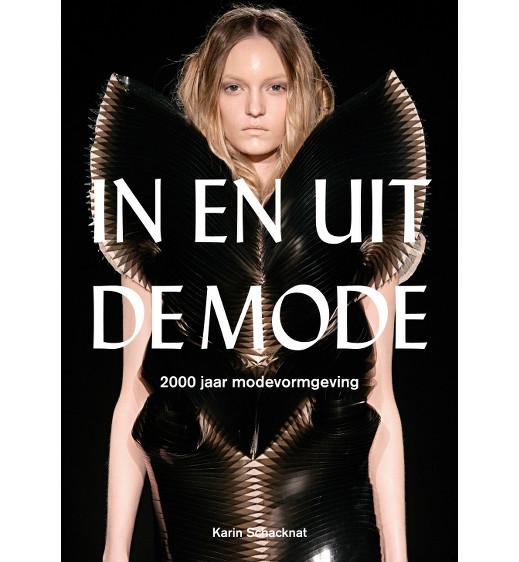 Mustread: In en Uit de Mode