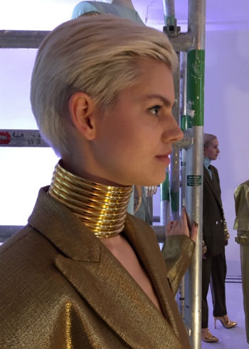 Verrassende presentatie modeontwerper Cleas Iversen