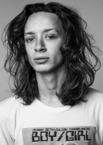NEW: Blog Sam Wall: Masculine Long Hair