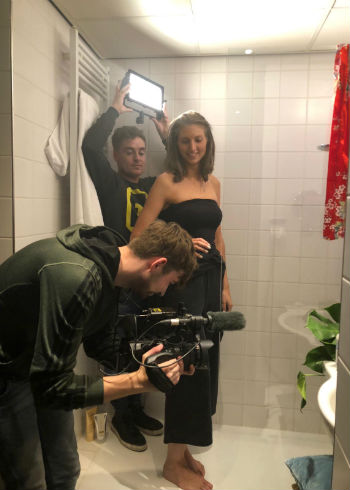 Nieuw op Coiffure TV: Binnen één douchebeurt een nieuwe haarkleur